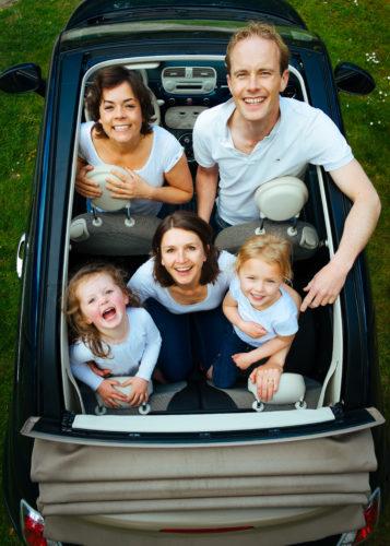 Masz dużą rodzinę? Złóż wniosek o wydanie Karty Dużej Rodziny - to się opłaca!