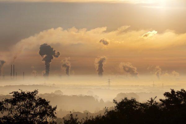 Ostrzeżenie 1 stopnia w związku z przekroczeniem w 2017 r. pyłu zawieszonego PM 2,5 i PM 10 w powietrzu!