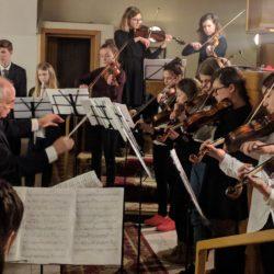Noworoczny koncert kolęd w wykonaniu uczniów Szkoły Muzycznej im. Witolda Lutosławskiego w Wołominie