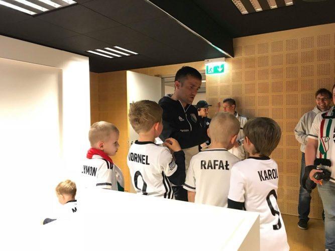 Legia Soccer Schools Wołomin na spotkaniu z piłkarzami Legii Warszawa