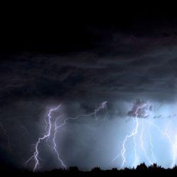 Ostrzeżenie przed możliwymi gwałtownymi burzami