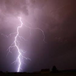 Ostrzeżenie przed gwałtownymi burzami