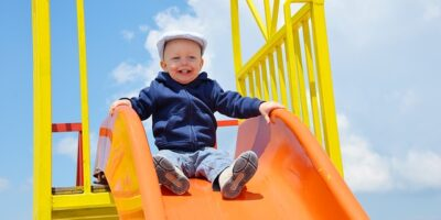 Prawie 83 tys zł dofinansowania na budowę placu zabaw przy SP we wsi Stare Grabie