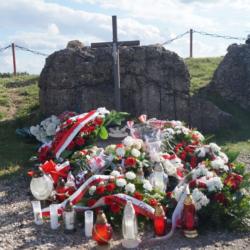 """Stowarzyszenie """"Wizna 1939"""" na uroczystościach rocznicowych w Grabowie i na Górze Strękowej"""