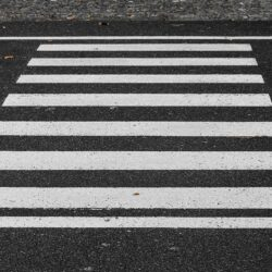 przejście zebra pasy